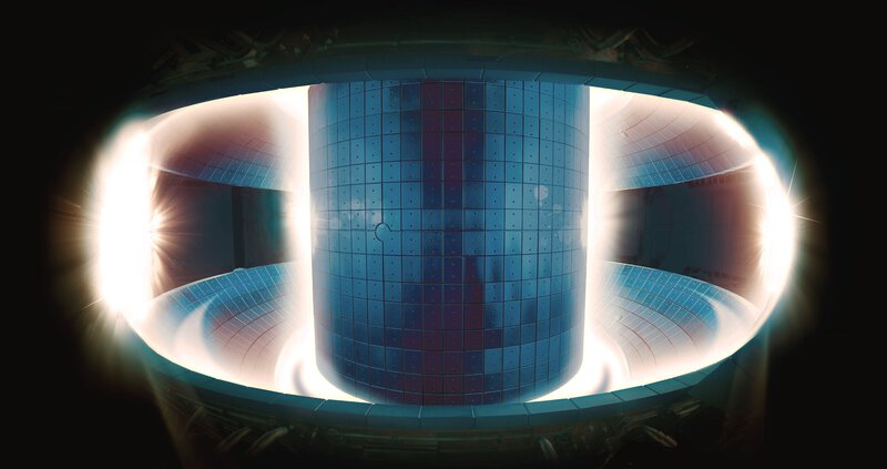 Figure 6: Inside the Korean tokamak KSTAR (NFRI)